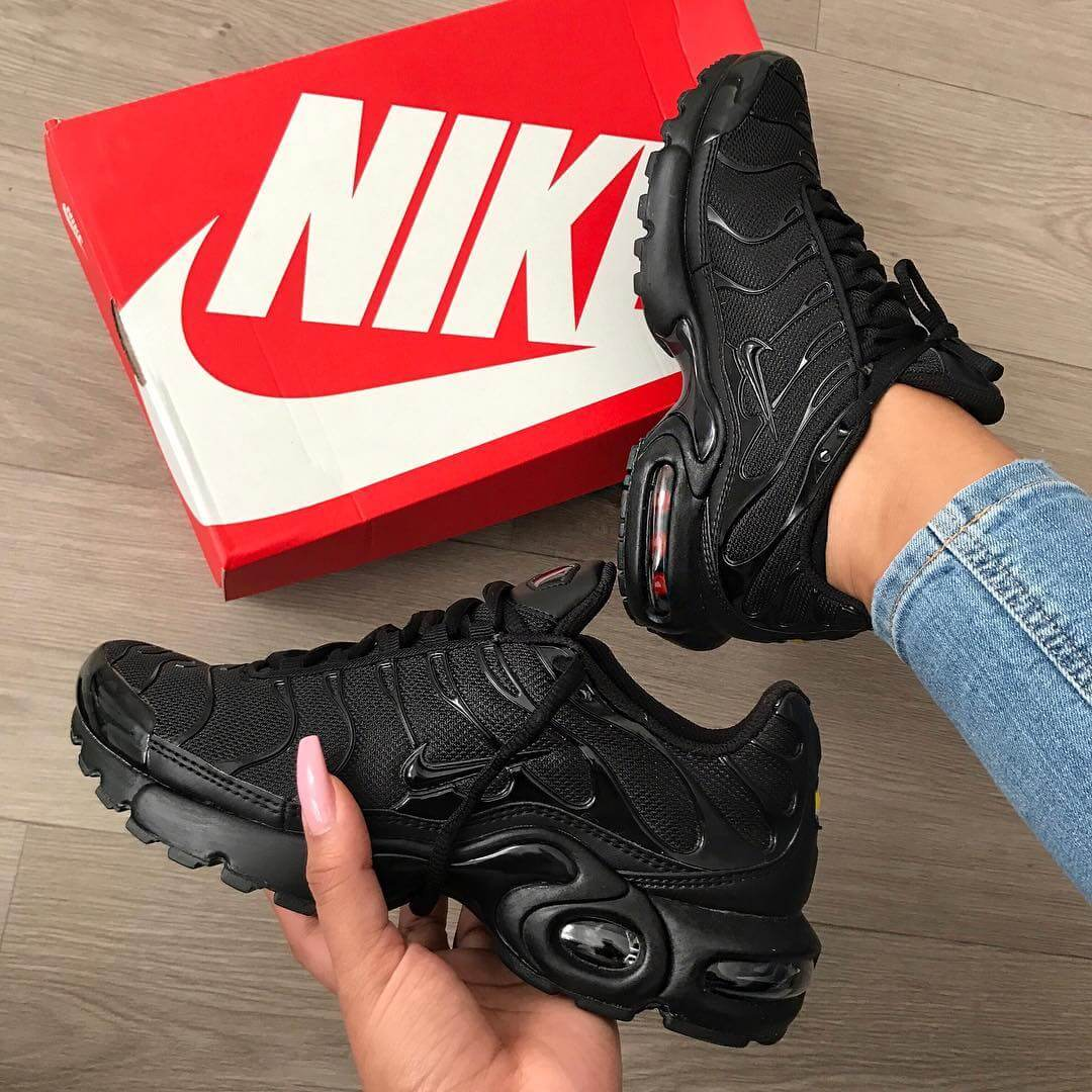 hot sales 1de03 f5999 Top 10 Nike Air Max Plus Sneakers | Sneakerz | Page 2